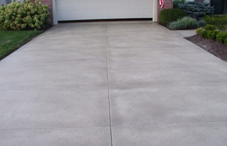 advantages of concrete driveway resurfacing in sydney