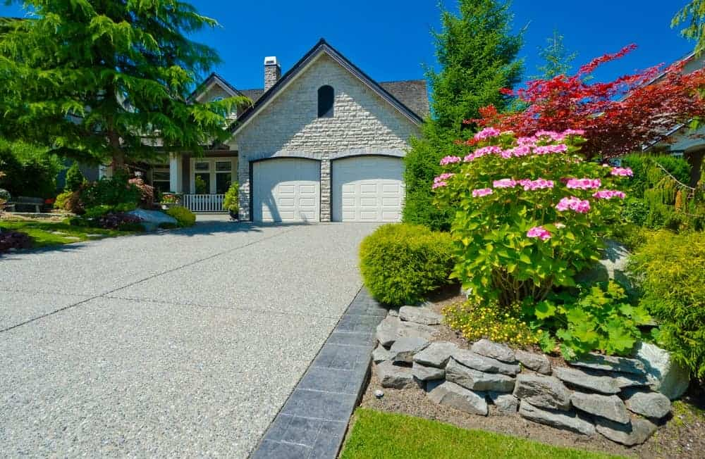 beautiful concrete driveway surfaced in Sydney